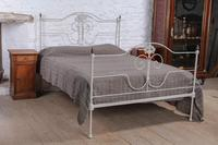 Pretty king size forged iron bed (2 of 7)