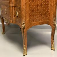 Small French kingwood parquetry chest of drawers (5 of 7)