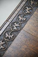 Arts & Crafts Carved Oak Drop Leaf Table (9 of 12)