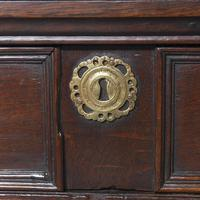 18th Century Jacobean Oak Chest of Drawers (4 of 10)