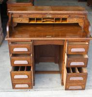 1920's Large Oak D type Roll Top Desk with Good Interior (2 of 6)