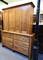 Large Victorian Housekeepers Cupboard (5 of 6)