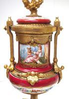 Incredible French Sevres Mantel Clock French Striking 8-day Garniture Clock Set (7 of 19)
