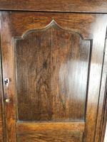 Early 19th Century Welsh Oak Press Cupboard (11 of 15)