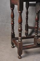 Good 17th Century Oak Gateleg Table (6 of 8)
