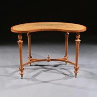 Fine 19th Century Satinwood Kidney Shape Side Writing Table In The Manner Of Gillows (2 of 11)