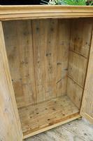 Gorgeous Old Pine 2 Door Cupboard with Shelves - Linen/ Larder/ Storage/ Food/ Wardrobe (9 of 10)