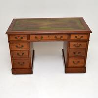 Antique Mahogany Leather  Top  Pedestal Desk (2 of 11)