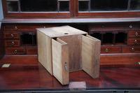 Superb Quality 18th Century Mahogany Bureau Bookcase (9 of 23)