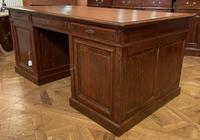 Important French Pedestal Desk from 19th Century in Oak (10 of 13)