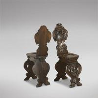 Pair of Italian Hall Chairs (3 of 3)