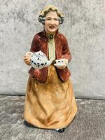Tea Time Figurine (7 of 9)