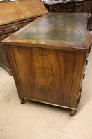 Mahogany Kneehole Desk (3 of 5)