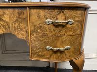 Queen Anne Burr Walnut Kidney Dressing Table (8 of 17)