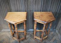 Pair of Turned Oak Bedside Tables (5 of 5)