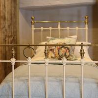 Cream Straight Top Rail Victorian Single Antique Bed with Brass Detailing (3 of 6)