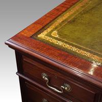 Edwardian mahogany large pedestal desk (11 of 14)