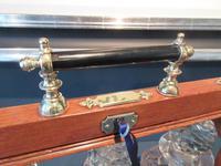 Antique Polished Oak & Ebony Three Bottle Tantalus (6 of 11)