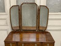 Burr walnut dressing table (2 of 13)