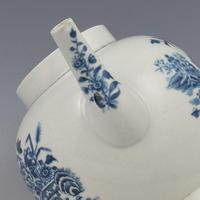 First Period Worcester Porcelain Fence Pattern Teapot c.1770 (9 of 11)