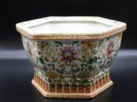 Well Decorated Early 20th Century Hexagonal Chinese Porcelain Jardinière (3 of 7)