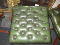 Chesterfield Stool (3 of 3)