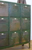 Vintage Industrial 15 Door Metal Workshop Cabinet Locker c.1930 (7 of 14)