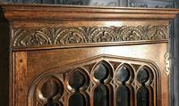 Gothic Style Oak Corner Cabinet (7 of 14)