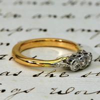 The Vintage Illusion Set Three Diamond Ring (2 of 4)