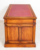 Oak Pedestal Desk c.1930 (7 of 9)
