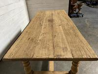 Superb Quality Large Bleached Oak Farmhouse Dining Table (15 of 32)