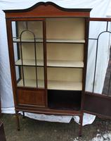 1900s Mahogany 2 Door China Cabinet with Dome Top (4 of 5)