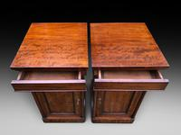 Pair of Mahogany Bedside Cabinets (4 of 5)