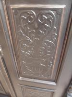 A Trendy Victorian Black 1 Piece 2 Door Antique/Old Pine Extra Large Wardrobe (5 of 9)