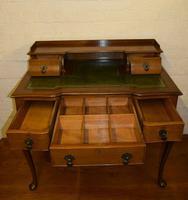 Quality Mahogany Writing Desk (5 of 8)