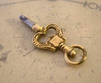 Georgian Pocket Watch Fob Key 1830s Antique Brass Heart Key Size 4 (8 of 10)
