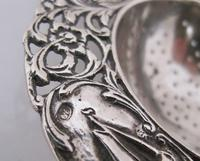 Dutch provincial silver tea strainer with sailing ship maker NL 1935 (4 of 8)