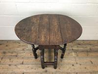 Small 18th Century Gateleg Table (3 of 9)