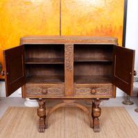 Carved Oak Sideboard Cupboard (12 of 13)