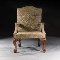 Mid 18th Century George II Walnut Library Open Armchair of Grande Scale (3 of 9)