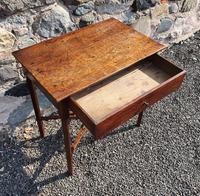Pretty Little Georgian Oak Side Table (6 of 7)