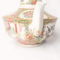 19th Century Cantonese Femille Rose Large Tea Pot (8 of 12)