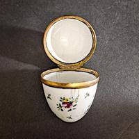18th Century Staffordshire Bomboniere (4 of 5)