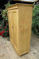 Fantastic Old Pine 2 Door Cupboard with Shelves - Linen/ Larder/ Storage / Food (3 of 10)