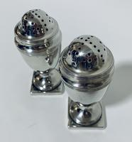 Pair of 18th Century Georgian Solid Sterling Silver Salt and Pepper Shakers Pepperettes (5 of 12)