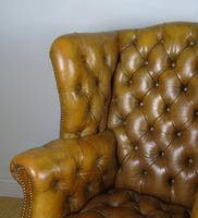 Superb Antique Buttoned Leather Wing Armchair (5 of 11)