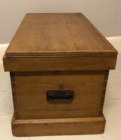 Mid Victorian Blanket Chest (4 of 6)