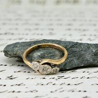 The Vintage Rosy Illusion Trio Diamond Ring (5 of 5)