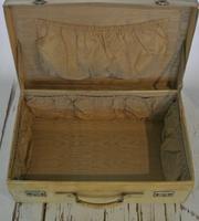Handmade 1930's Vanity Case/Hat box  in vellum leather. (3 of 6)