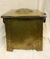 Arts & Crafts Coal Box (5 of 7)